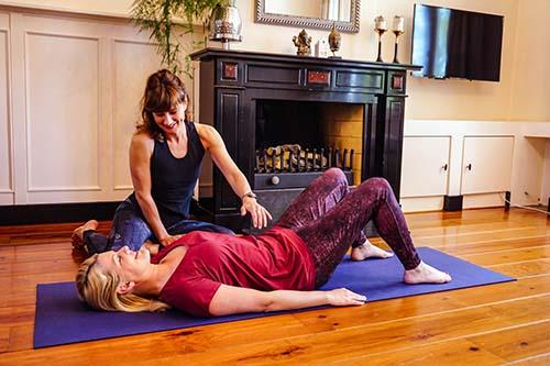 Hoe helpt yoga tegen stress
